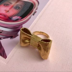 KATE SPADE GOLD BOW STATEMENT RING JEWELRY SIZE 7